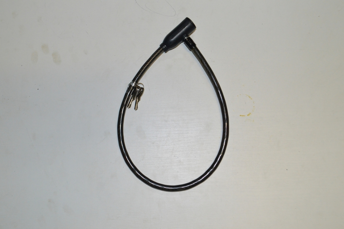 Противоугонка с ключом 10*650mm PJ-156, код 40129